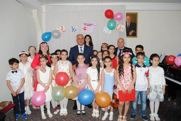 Sumqayıtın incəsənət və musiqi məktəblərində bayram tədbirləri keçirilib - FOTOLAR
