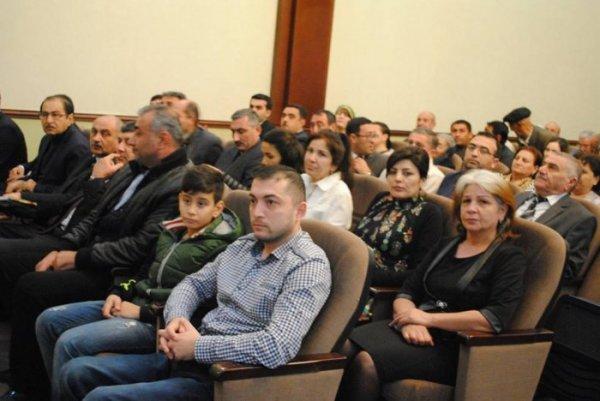 """Sumqayıtda şəhidin xatirəsinə həsr edilən """"Ölsəm yaşat"""" filminin təqdimatı keçirilib - FOTOLAR"""