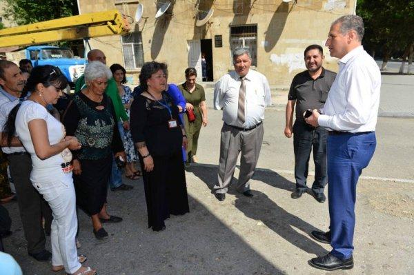 Sumqayıtda 600-dən çox aztəminatlı ailəyə bayram sovqatı paylanıb -FOTOLAR