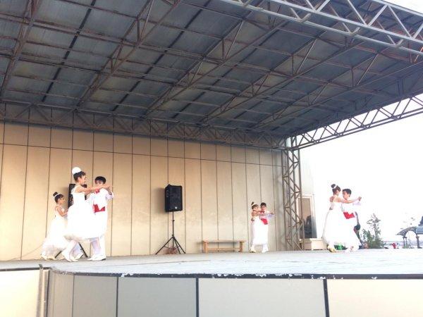 """Sumqayıt bulvarında """"Dostluq"""" mədəniyyət evi və """"Gənclik"""" klubu konsert proqramı təşkil edib - FOTOLAR"""