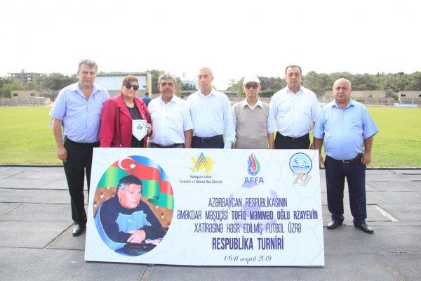 Sumqayıtda xatirə turnirinə start verilib - FOTO