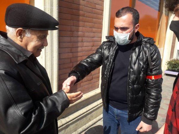Sumqayıtda könüllü qruplar koronavirusla bağlı hərəkətə keçdi -FOTOLAR