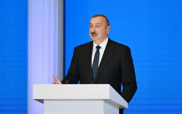 Prezident Sumqayıtda tibbi maska istehsalı müəssisəsinin açılışını etdi