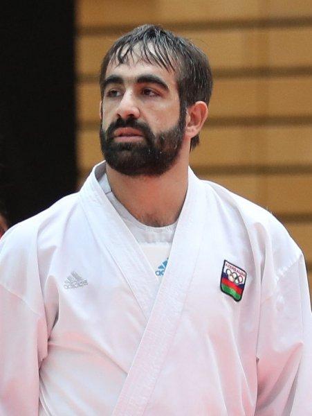 Rafael Ağayevə ağır itki