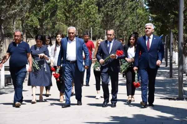 Sumqayıtda şəhidin xatirəsinə həsr olunmuş kitabın təqdimatı keçirilib - FOTOLAR