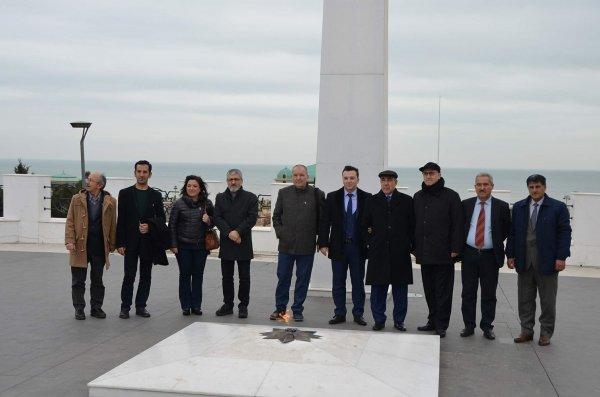 Türkiyəli yazarlar Sumqayıta niyə gəlmişdi? - FOTOLAR