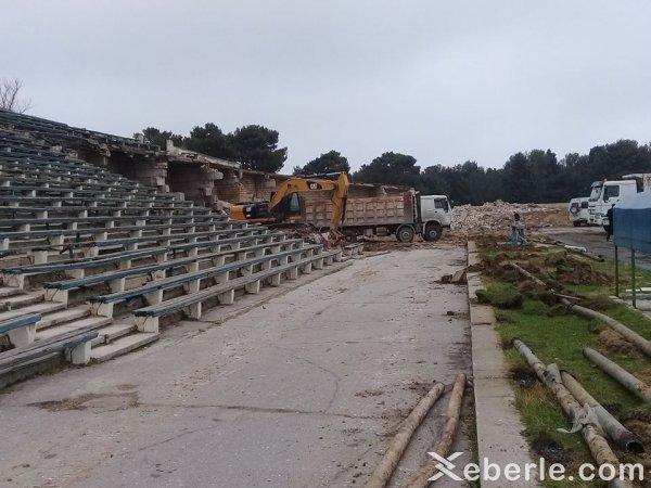 Sumqayıt şəhər stadionu sökülür - FOTOLAR